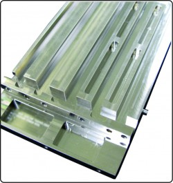 HiK™Card Guides Effectively Spread Heat for Liquid or Air Cooled Chassis