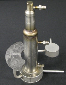 Figure 1. Dual Condenser Variable Conductance Heat Pipe (VCHP) provides backup cooling for a radio-isotope Stirling System
